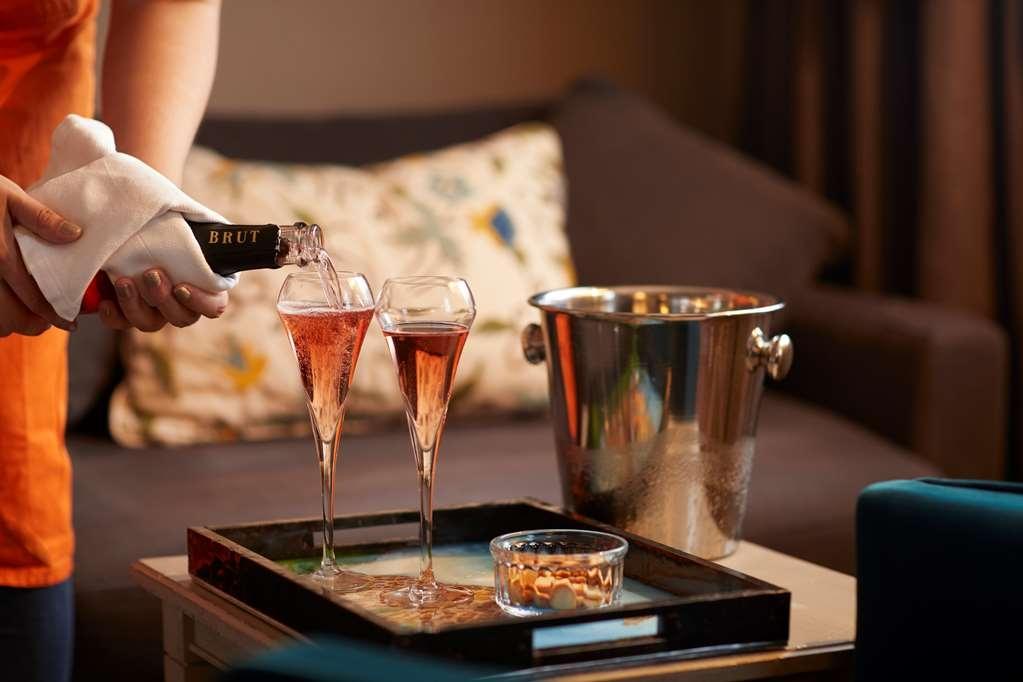 Best Western Plus Hotel d'Europe et d'Angleterre - habitación de huéspedes-amenidad