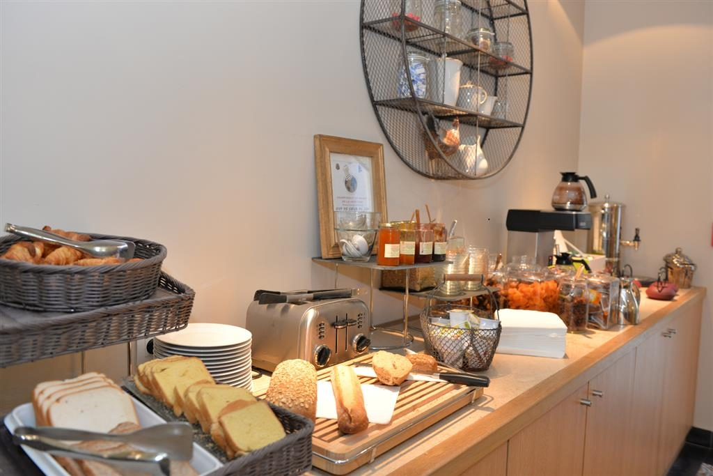 Best Western Plus Hotel d'Europe et d'Angleterre - Breakfast Bar