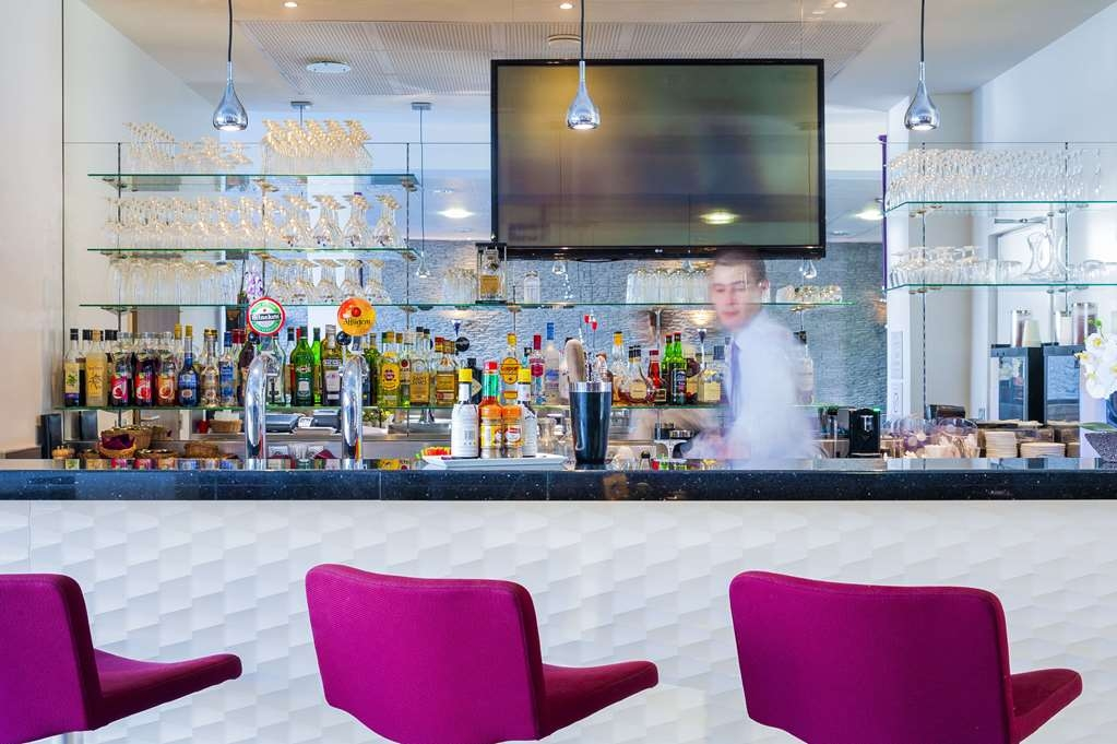 Best Western Plus Paris Velizy - Bar/Lounge
