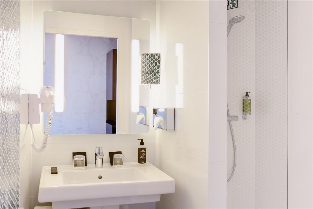 Best Western Plus Hotel Isidore - Cuarto de baño de clientes