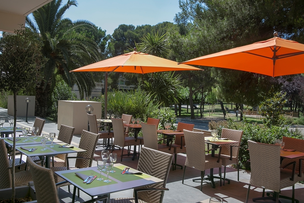 Best Western Hotel des Thermes - Patio