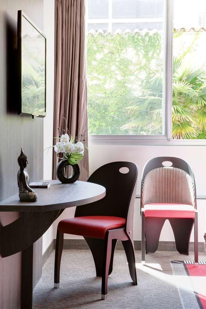 Best Western Plus Le Patio des Artistes - Chambres / Logements