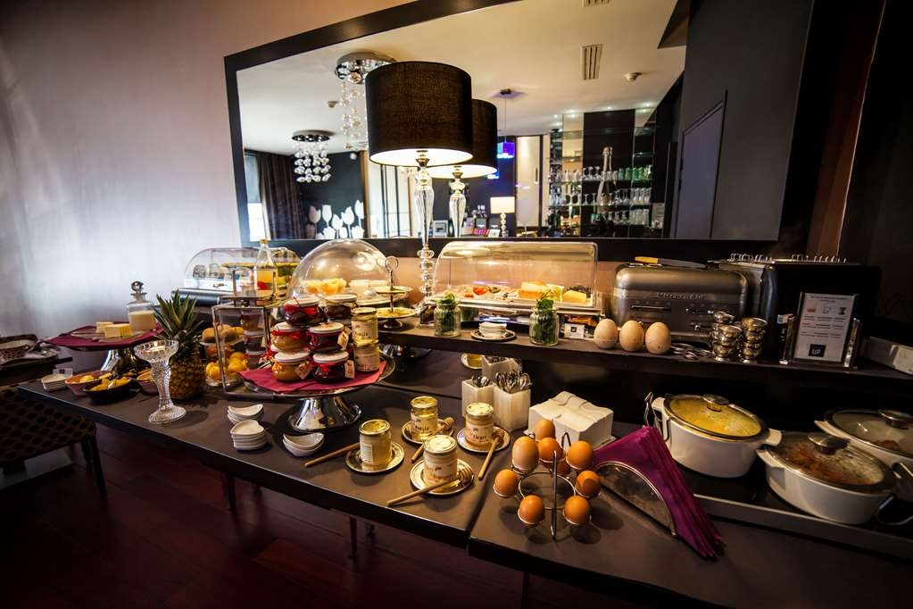 Best Western Plus Up Hotel - Desayuno Buffet