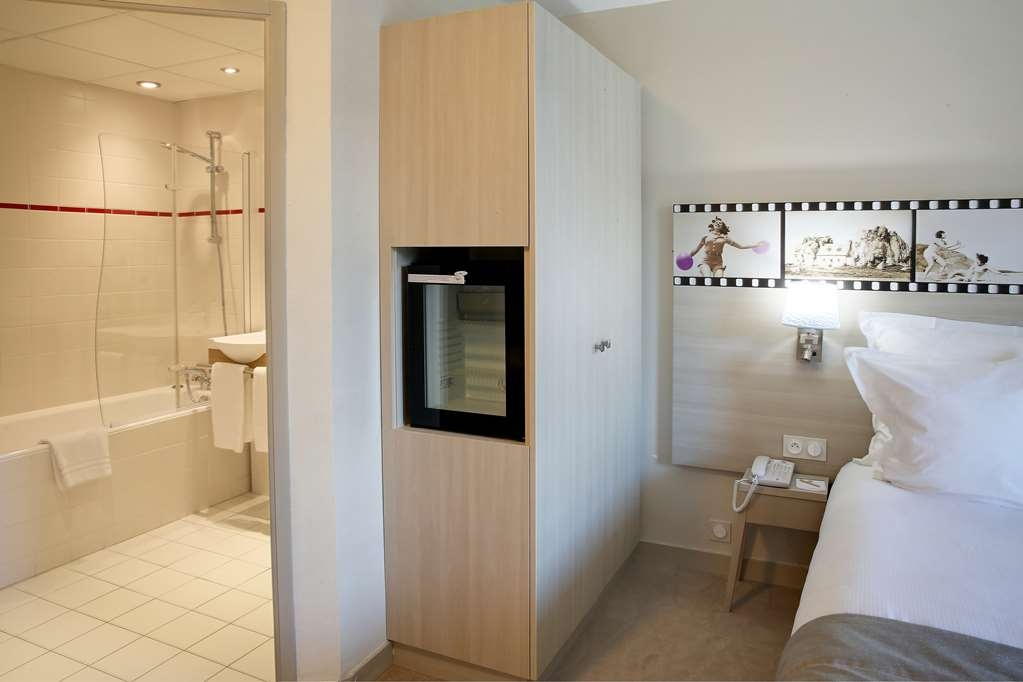 Best Western Les Bains de Perros-Guirec Hotel et Spa - Guest Room