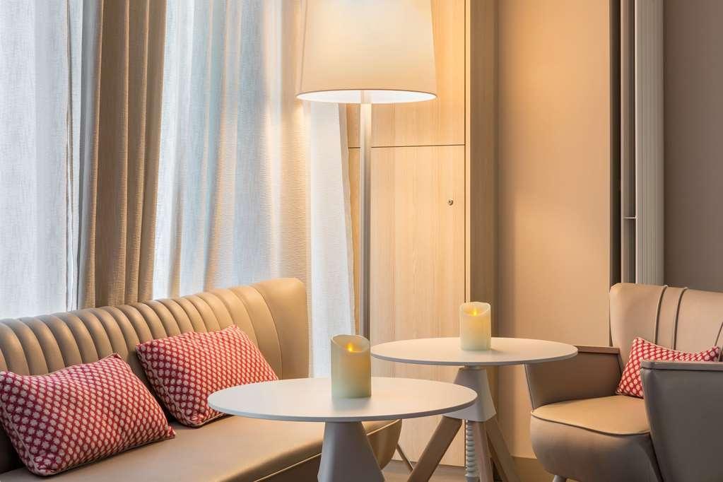Best Western Les Bains de Perros-Guirec Hotel et Spa - Bar / Lounge