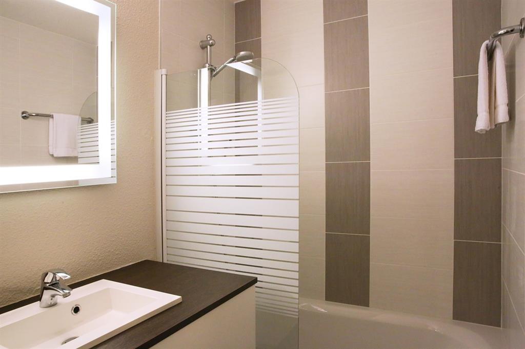 Best Western Auray Hotel du Loch - Cuarto de baño de clientes