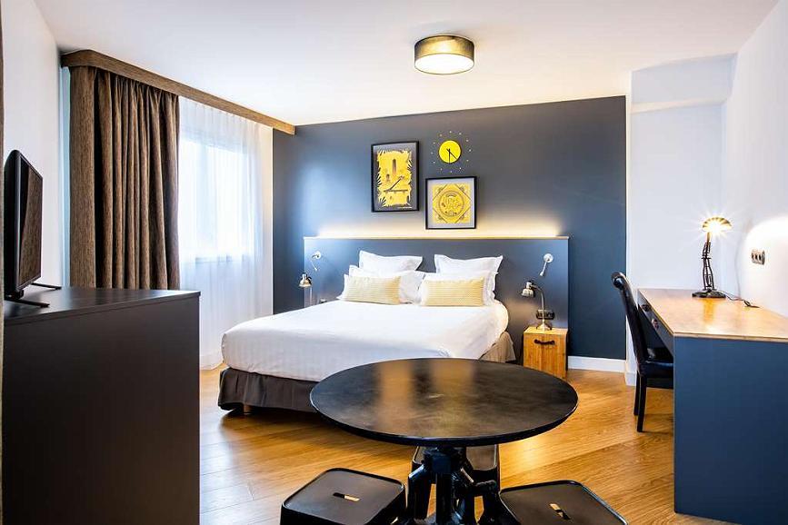 Best Western Plus Suitcase Paris la Defense - Suite