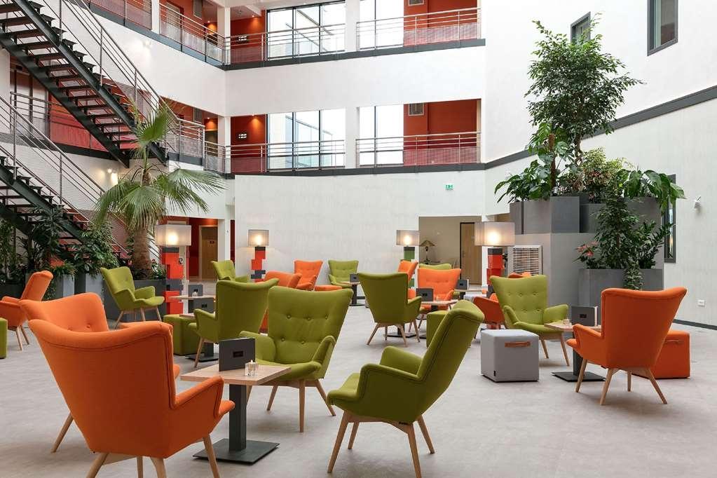 Best Western Plus Hotel Escapade Senlis - Vista del vestíbulo