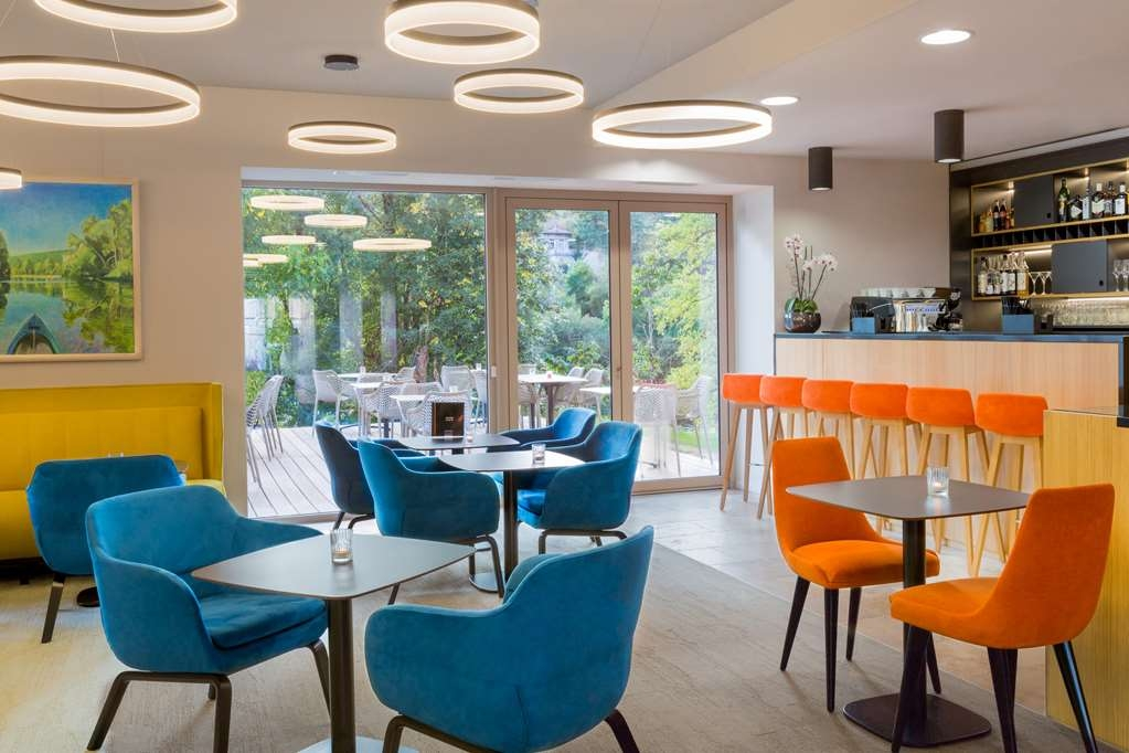 Best Western Plus Hotel Divona Cahors - Bar / Lounge