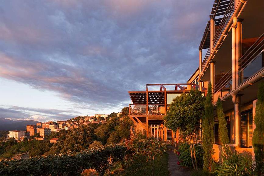 Best Western Plus Hotel San Damianu - Aussenansicht