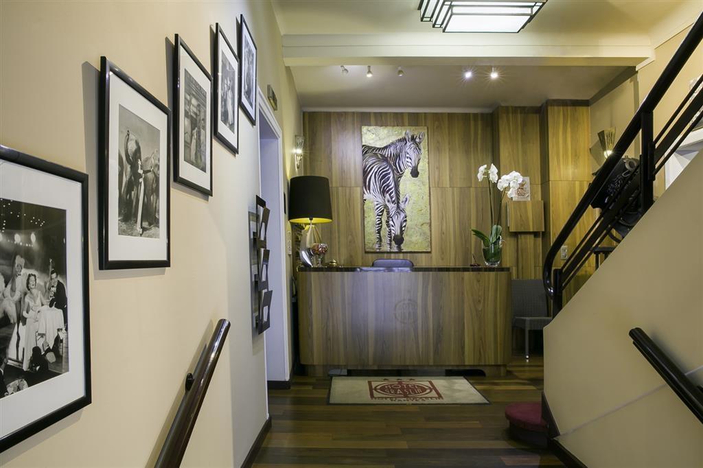Best Western Hotel Graslin - Vista del vestíbulo