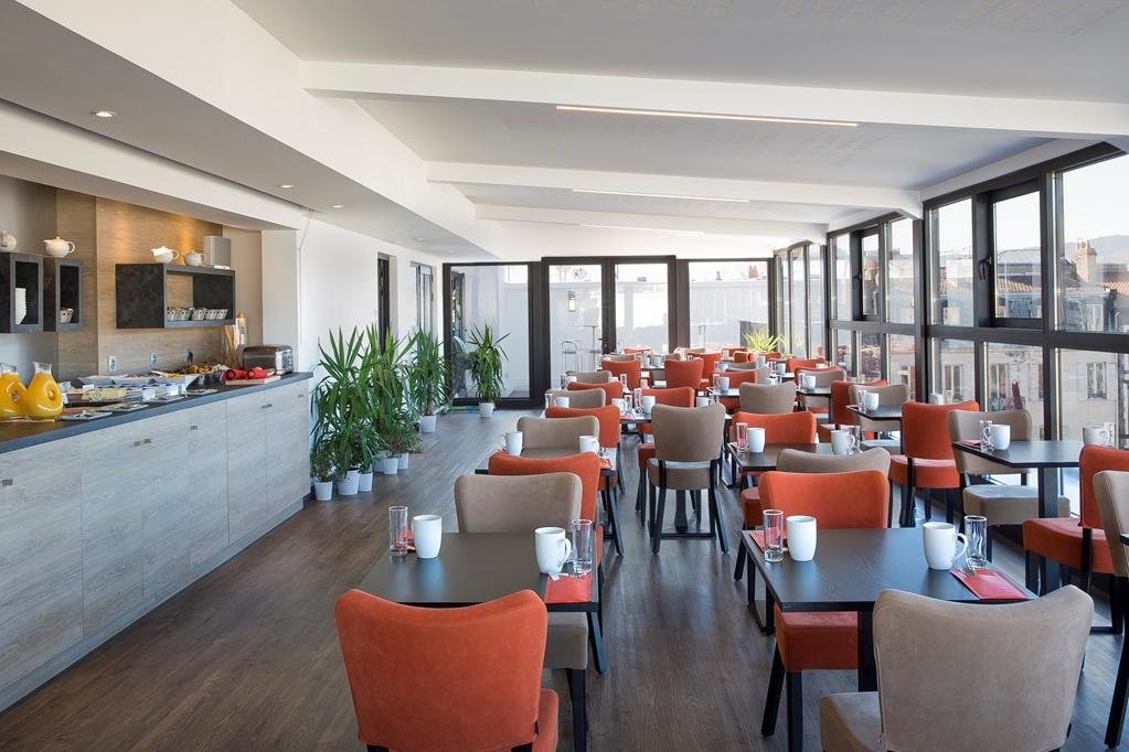 Best Western Plus Hotel Litteraire Alexandre Vialatte - Desayuno Buffet