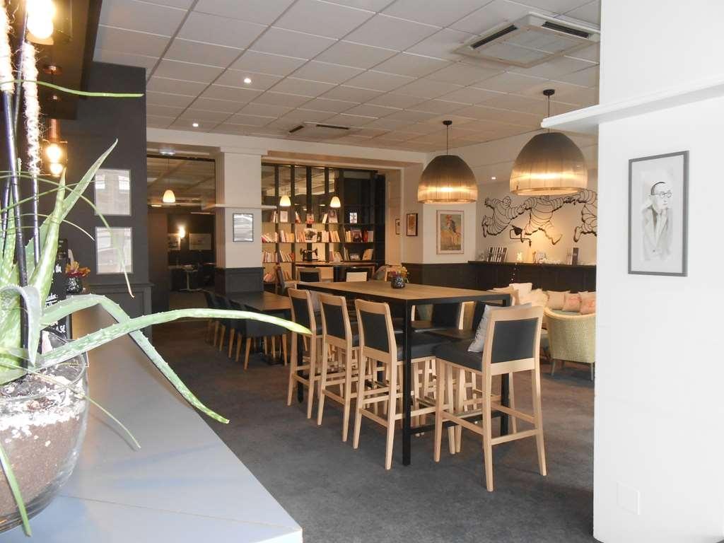 Best Western Plus Hotel Litteraire Alexandre Vialatte - Bar/Salón
