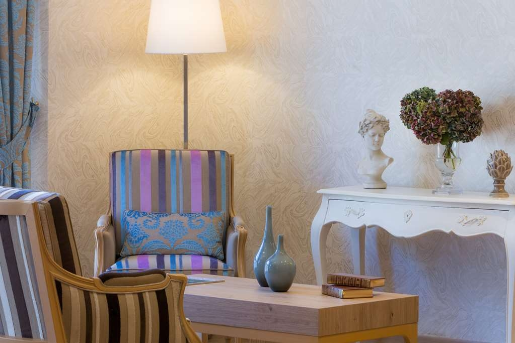 Best Western Plus Hotel Le Rive Droite & SPA - Bar / Lounge
