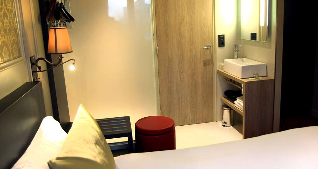 Best Western Hotel Le Montmartre Saint Pierre - Guest Room