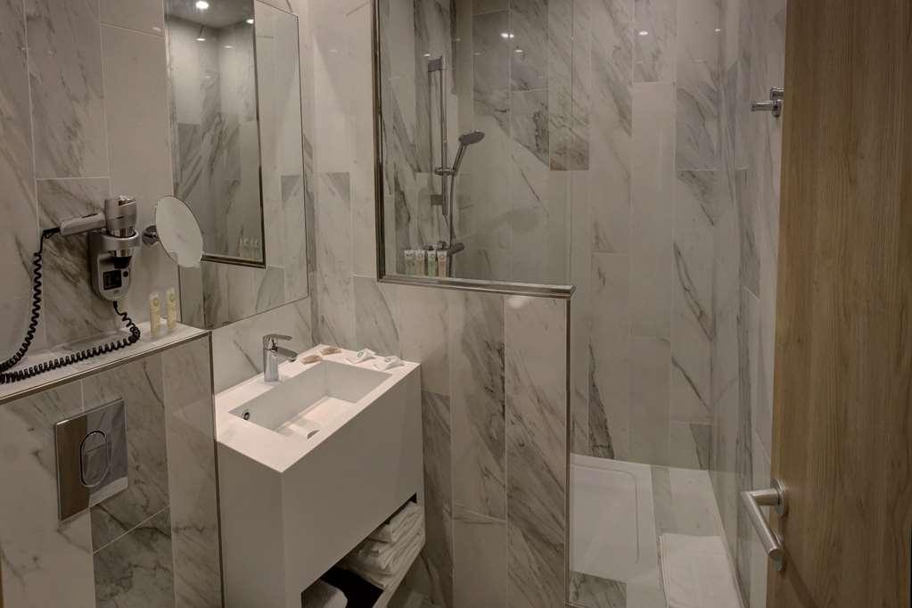 Best Western Plus Hotel Comedie Saint-Roch - Salle de bain