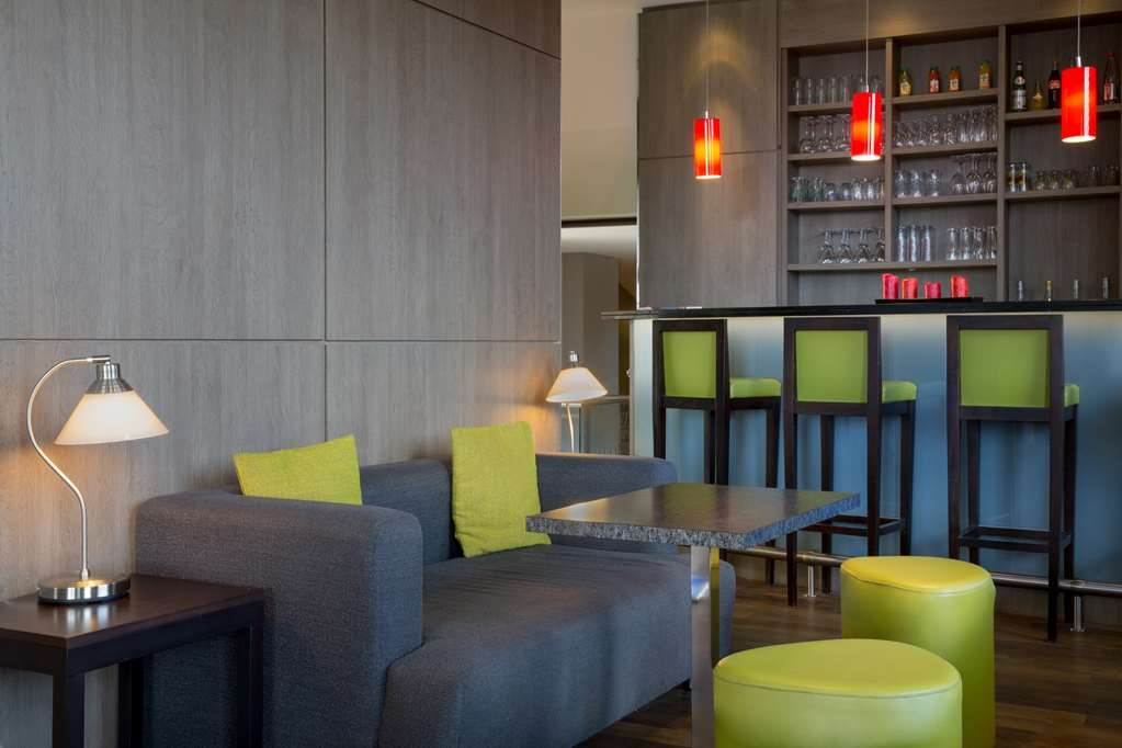 Best Western Seine West Hotel - Bar / Lounge