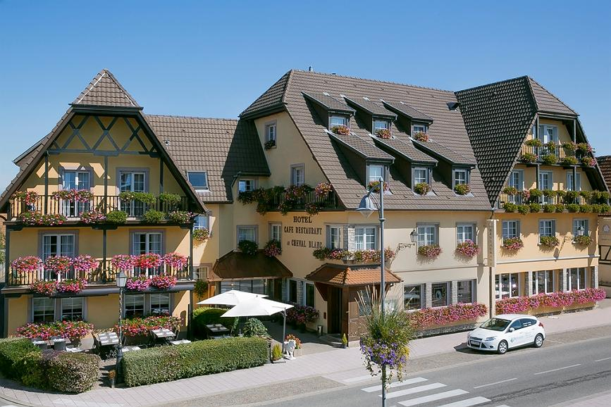 Best Western Plus Au Cheval Blanc Mulhouse Nord - Area esterna