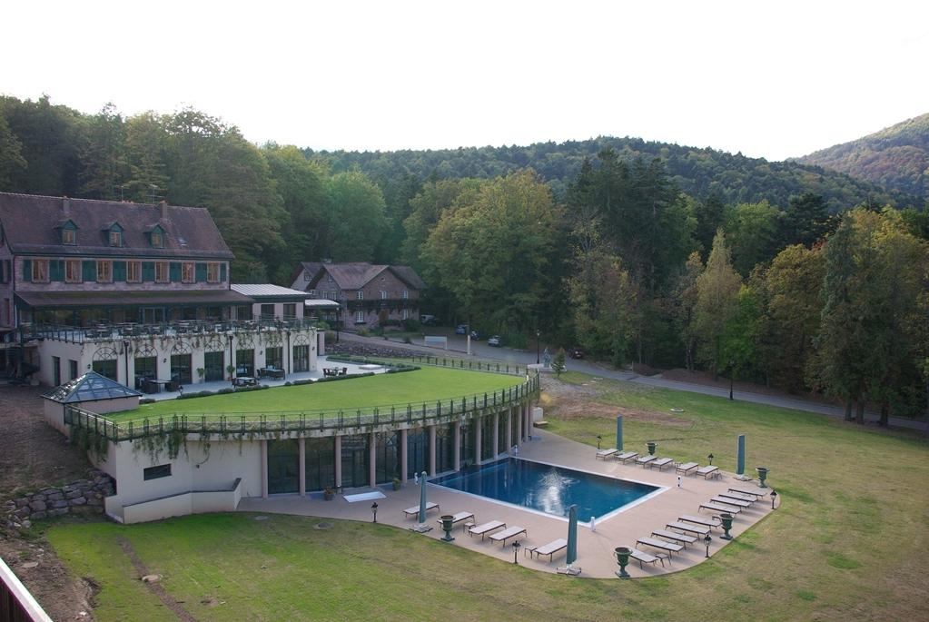 Les Violettes Hotel & SPA Alsace, BW Premier Collection - zurück zur Strasse
