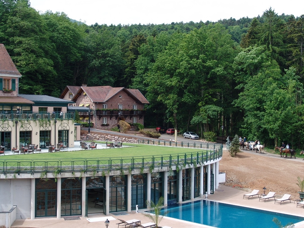 Les Violettes Hotel & SPA Alsace, BW Premier Collection - Hotel Exterior