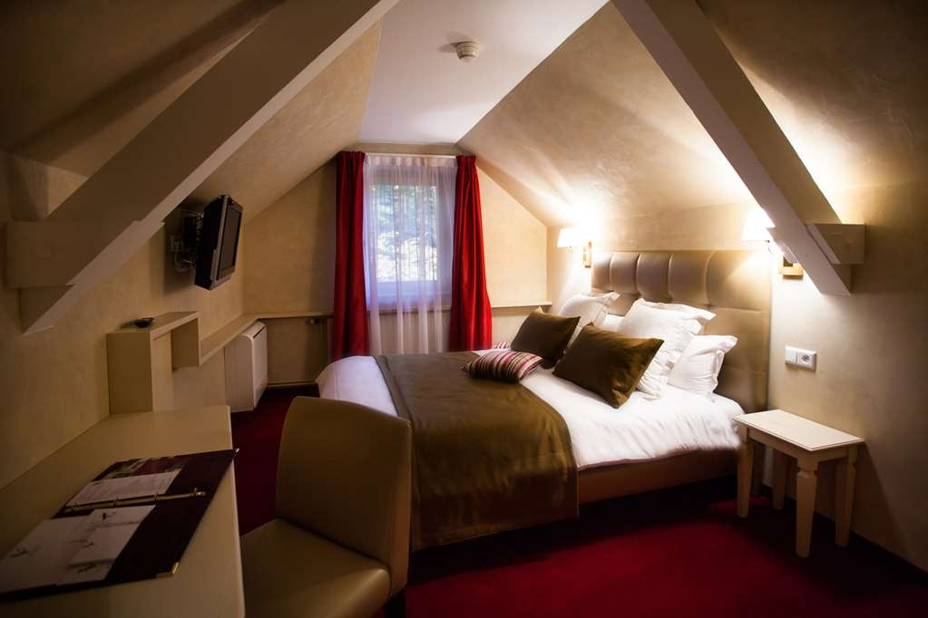 Les Violettes Hotel & SPA Alsace, BW Premier Collection - Standard Guest Room