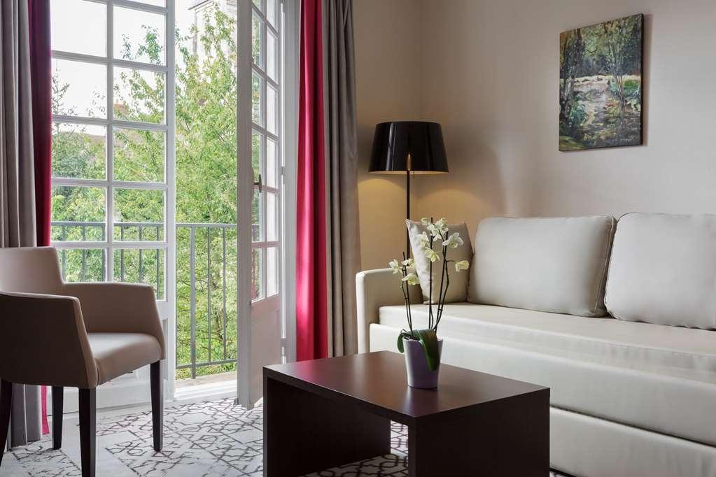 Best Western Blanche De Castille Dourdan - Habitaciones/Alojamientos