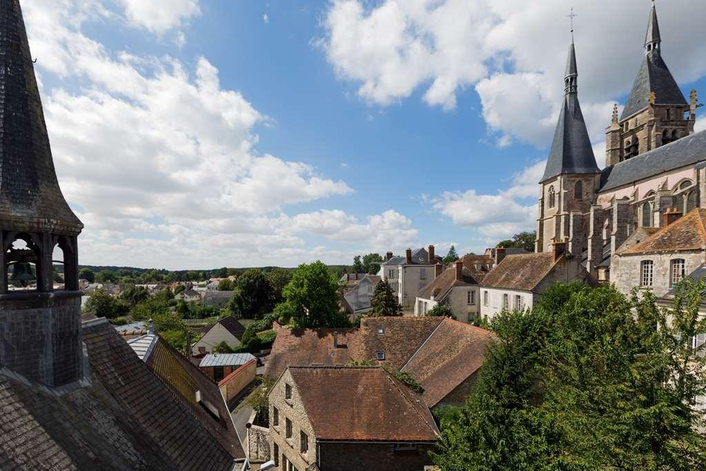 Best Western Blanche De Castille Dourdan - Hotel View