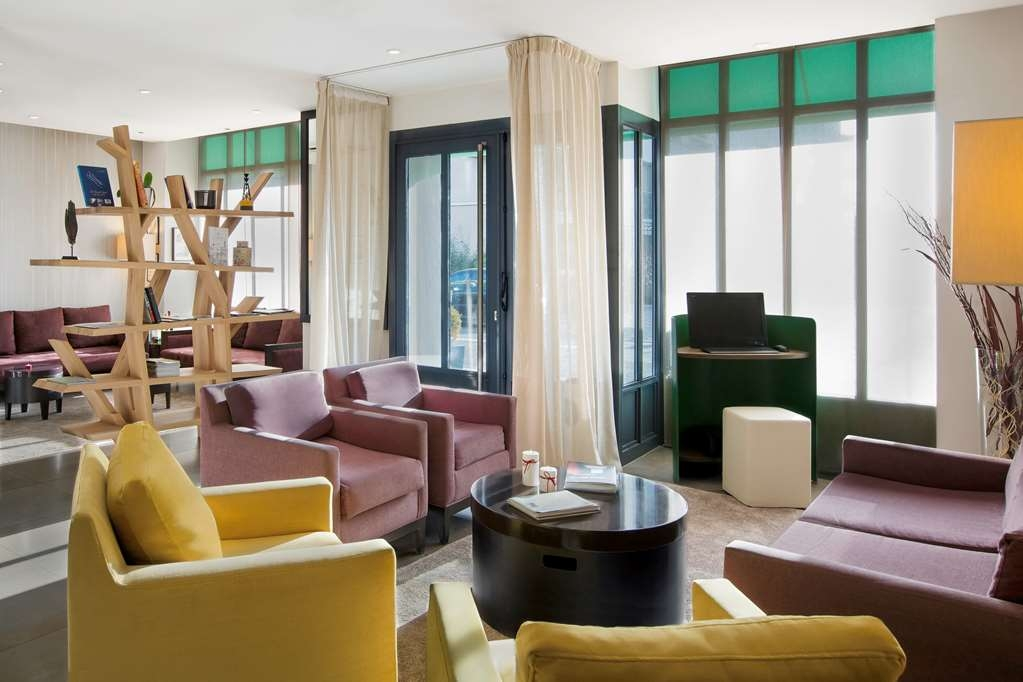 Best Western Rives de Paris La Defense - Hall