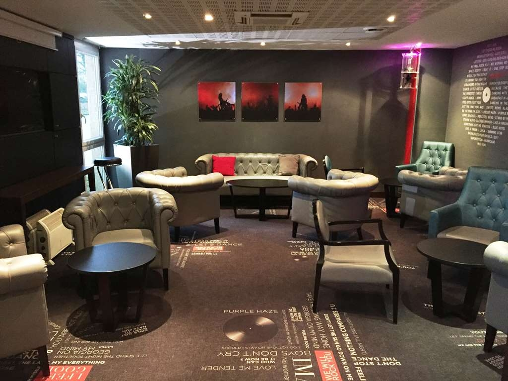 Best Western Paris Saint-Quentin - Bar/Lounge