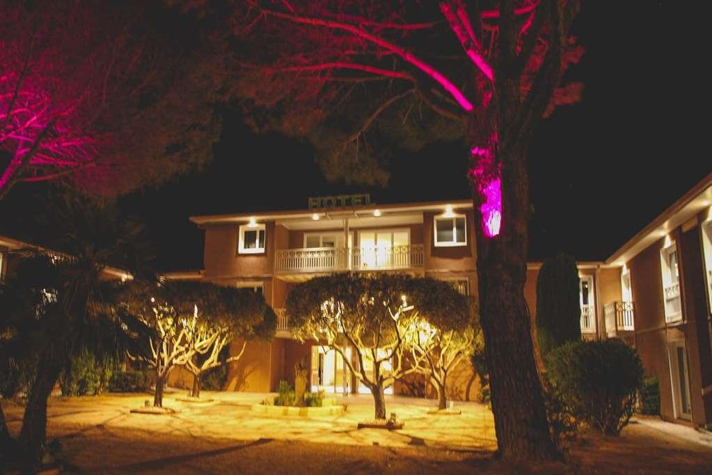 Best Western Plus Hyeres Cote D'azur - Garden, Exterior & Entrance