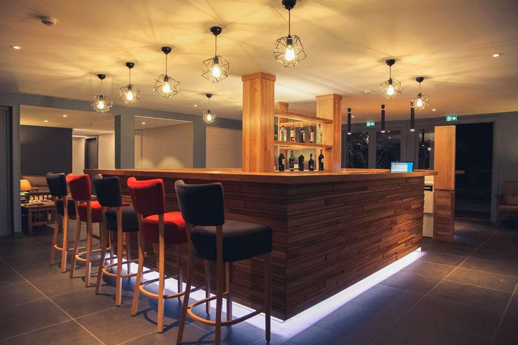 Best Western Plus Hyeres Cote D'azur - Bar / Lounge