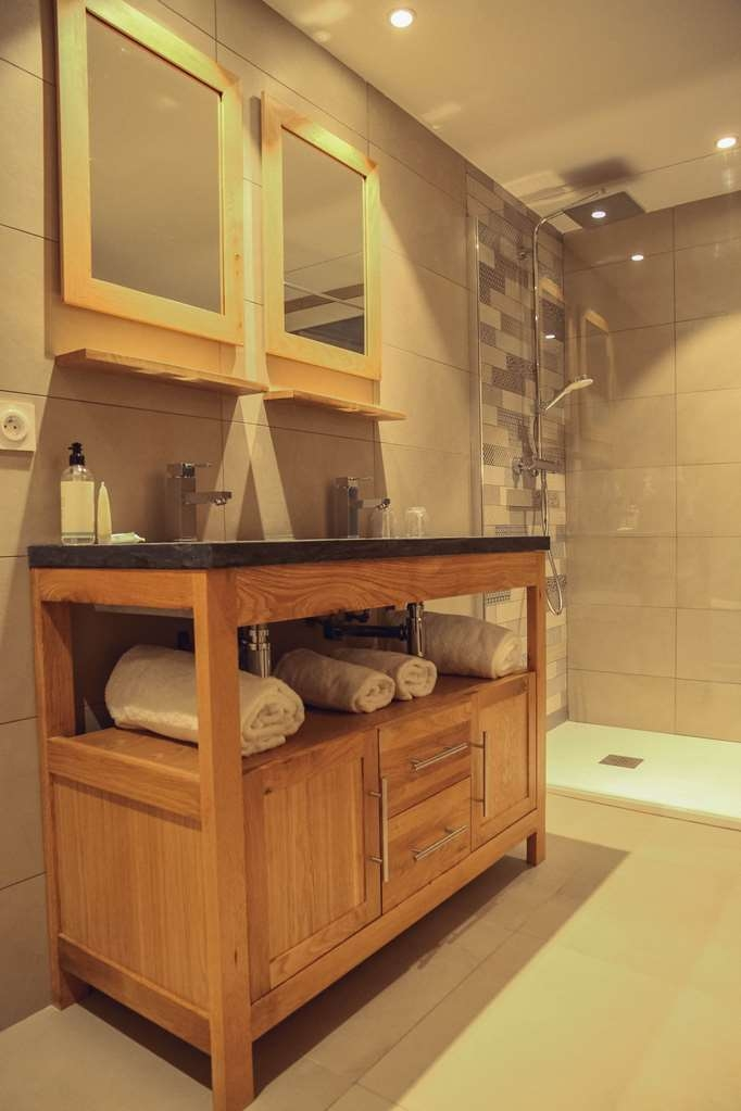 Best Western Plus Hyeres Cote D'azur - Bathroom