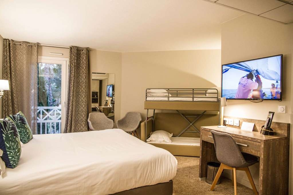 Best Western Plus Hyeres Cote D'azur - Family Room Quadruple Occupancy