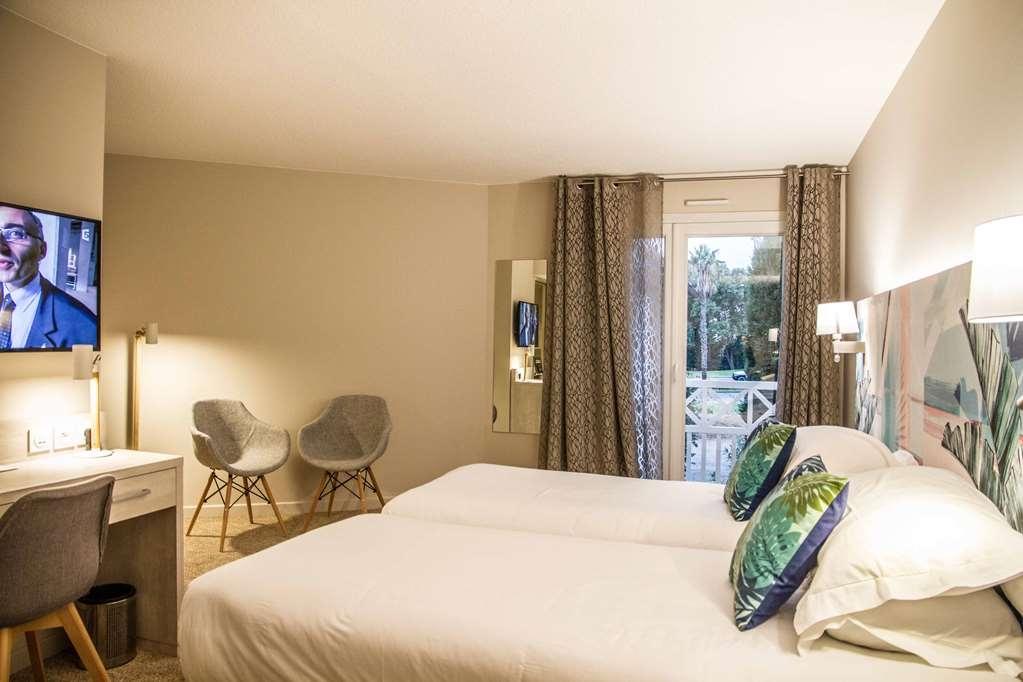 Best Western Plus Hyeres Cote D'azur - Superior Room Triple Occupancy
