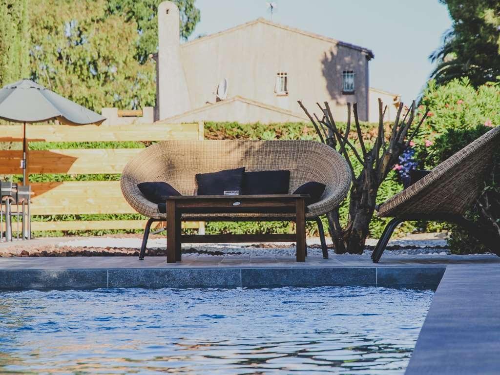 Best Western Plus Hyeres Cote D'azur - Best Western Plus Antibes Riviera - Outdoor Heated Pool