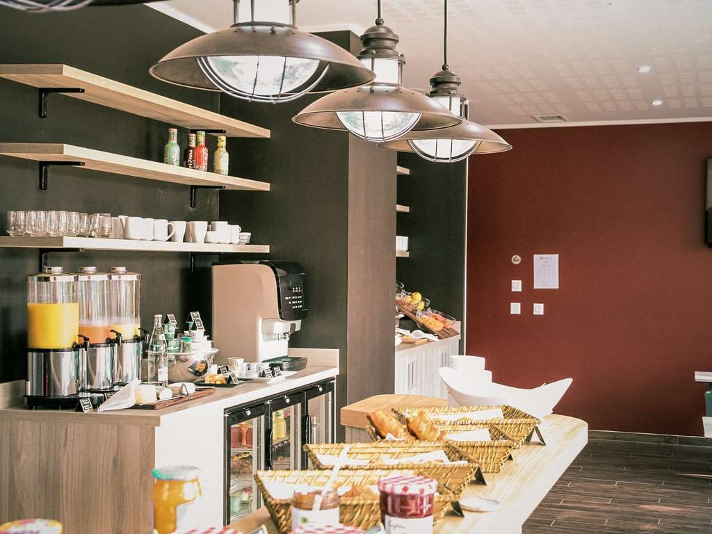 Best Western Plus Antibes Riviera - Continental Breakfast Buffet - Best Western Plus Antibes Riviera