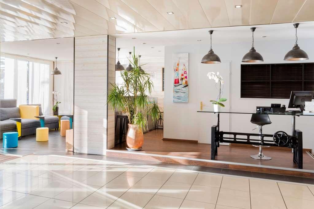Best Western Hotel Canet-Plage - Vista del vestíbulo
