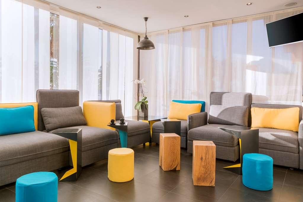 Best Western Hotel Canet-Plage - Bar / Lounge
