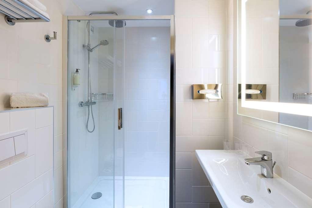 Best Western La Porte des Chateaux - Standard bathroom