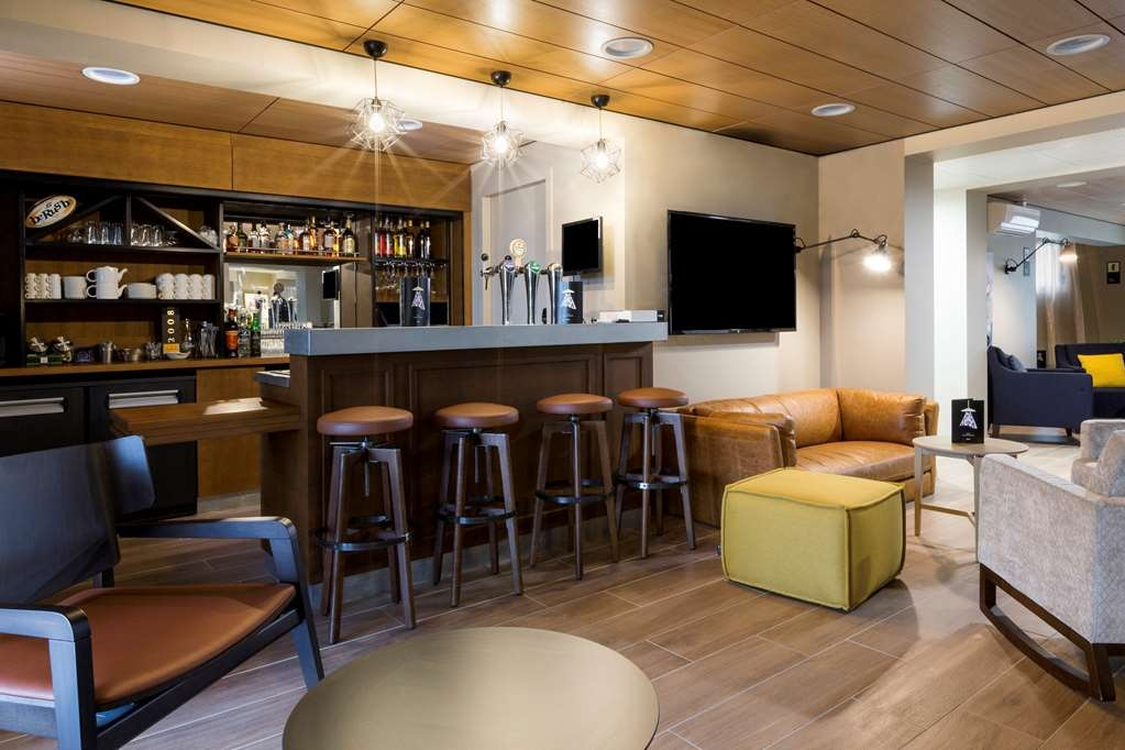 Best Western La Porte des Chateaux - Bar / Lounge