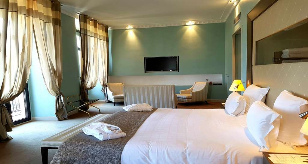 Westminster Hotel & Spa, BW Premier Collection - Junior Suite with One King Size Bed and an Sea View