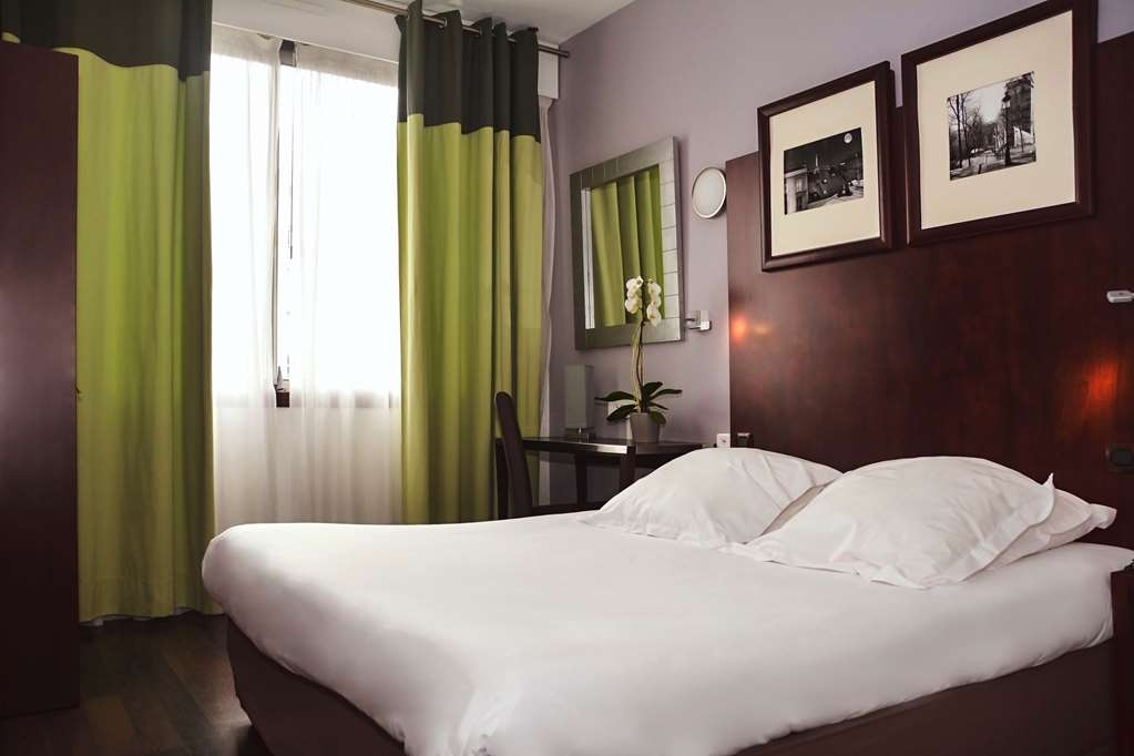 Sure Hotel by Best Western Annemasse - Classic Guest Room with One Double Size Bed or Two Twin Size Beds on Request