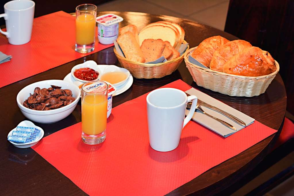 Sure Hotel by Best Western Annemasse - Breakfast