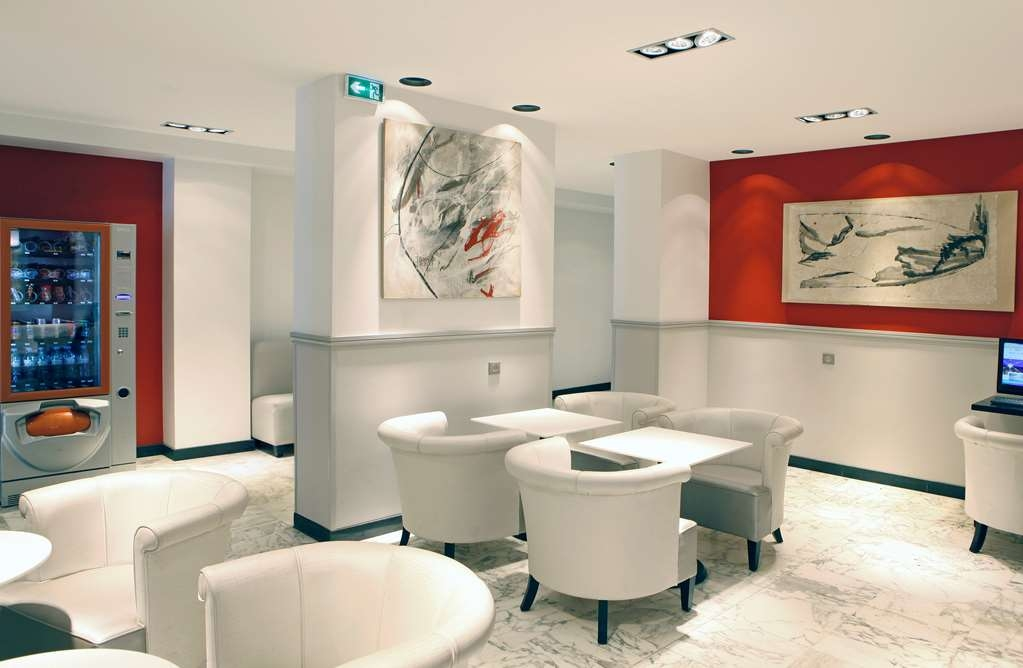 Sure Hotel by Best Western Paris Gare du Nord - Vue du lobby