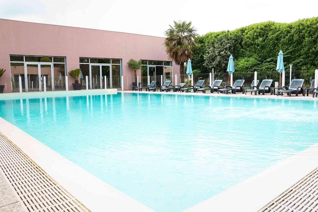 Best Western Plus Hotel Admiral - Vue de la piscine
