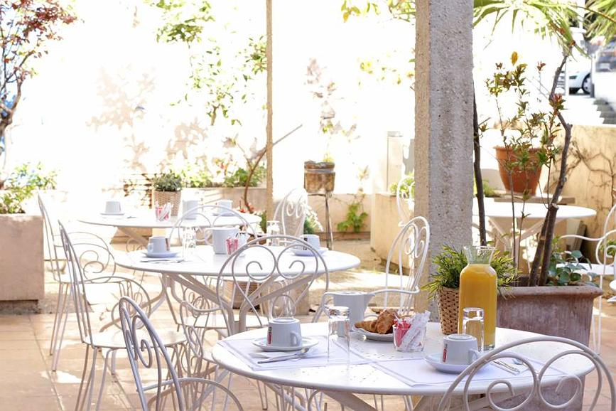 Sure Hotel by Best Western Coeur De Cassis - Vista del vestíbulo