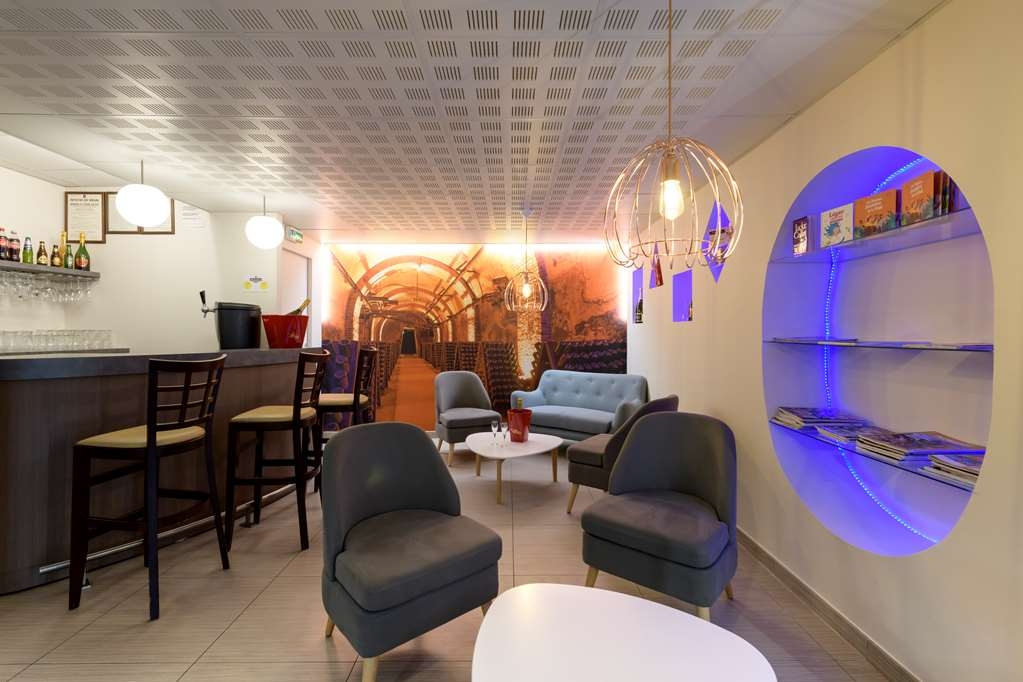 Sure Hotel by Best Western Reims Nord - Bar / Lounge