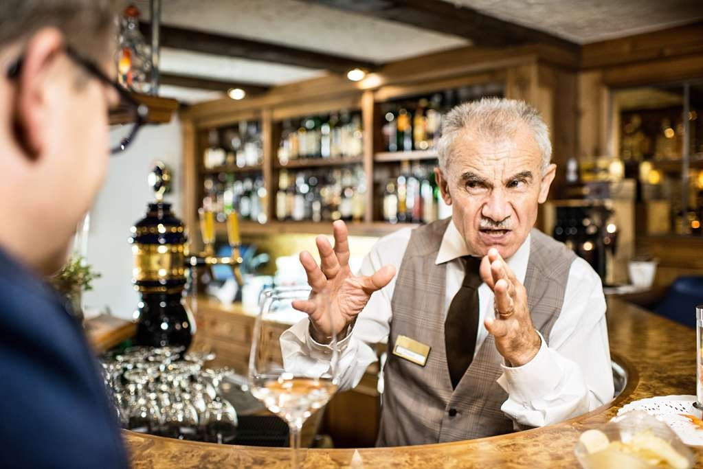 Best Western Hotel Butterfly - Bar/Lounge