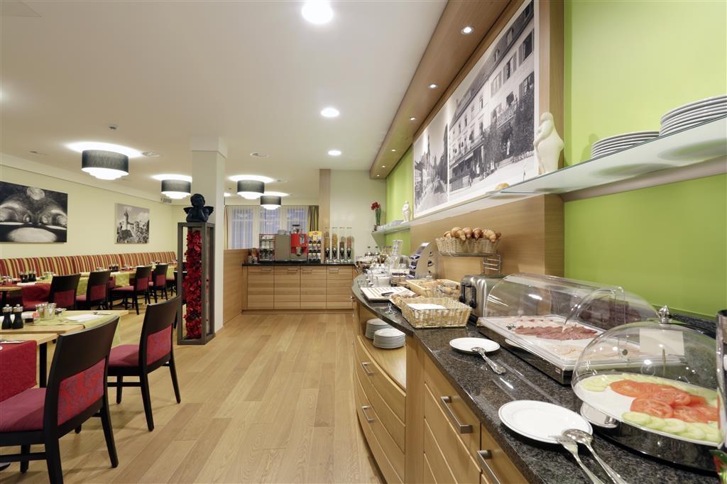 Best Western Plus Hotel Bahnhof - Le petit déjeuner buffet