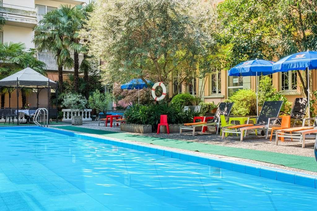 Best Western Hotel Bellevue Au Lac - Vue de la piscine